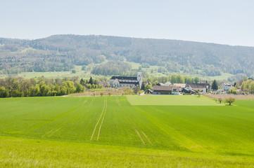 Mariastein, Dorf, Kloster, Kloster Mariastein, Felder, Landwirtschaft, Obstbäume, Wanderweg, Frühlingssonne, Frühling, Schweiz