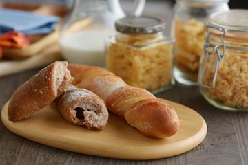 パン 食卓イメージ キッチンイメージ