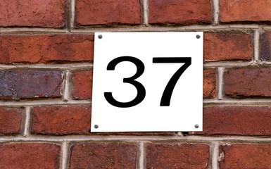 Hausnummer 37