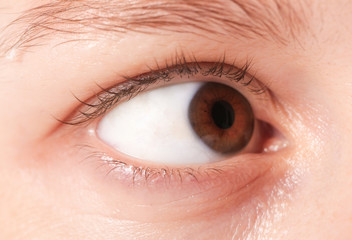 Close up view of a brown woman eye looking to the side