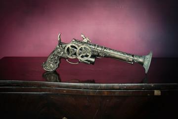 Steampunk pistola fine 800