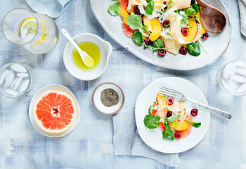 Fruit salad with fennel and watercress