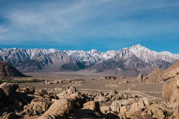 mountainous landscapes of eastern sierra nevadas