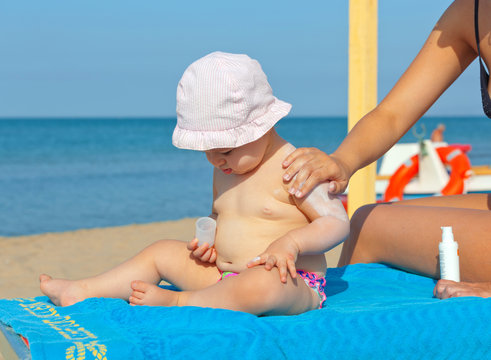 Baby sunscreen cream.