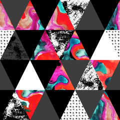 triangle seamless pattern with grunge and watercolor textures.