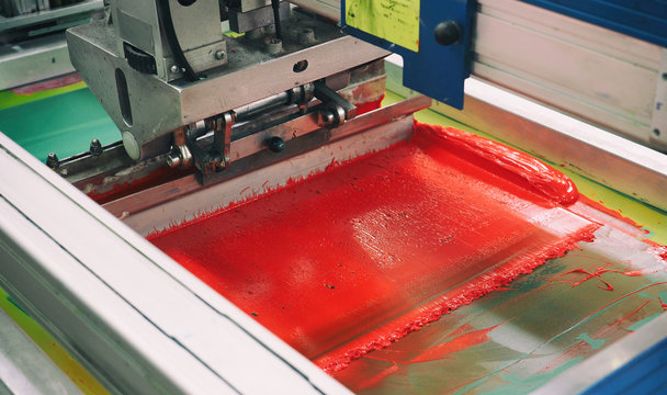 Red section of the screen printing machine, textile roundabout