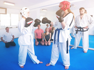 Female trainees conduct sparring