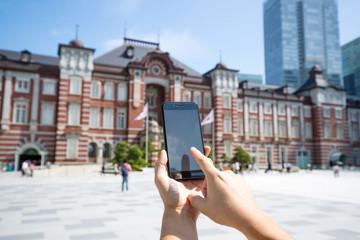 スマートフォン・東京駅・丸の内駅舎