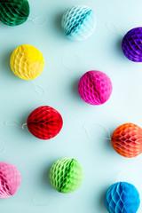 Colorful honeycomb balls