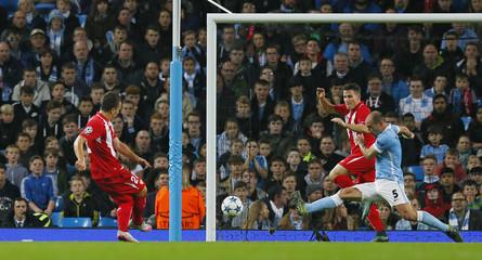 Manchester City v Sevilla - UEFA Champions League Group Stage - Group D