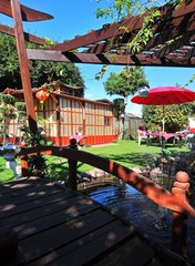 romantischer Garten / Japan style / Brücke