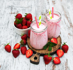 Yogurt with strawberries