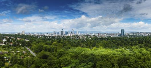 Europa, Deutschland, Hessen, Frankfurt, Skyline von Frankfurt, Bankenviertel , Hennigerturm, EZB, Commerzbank,