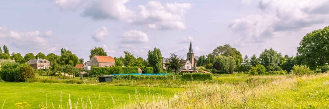 Rossum, a picturesque little village in the center of the Netherland