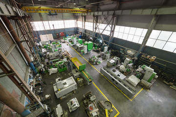 Factory manufacturing of modern metalworking machines.