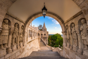 Keuken foto achterwand Boedapest Budapest, Hungary - The guardians of the famous Fisherman Bastion on the Buda Hill in the morning