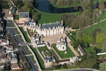 Vue aérienne du château d'Anet dans l'Eure-et-Loir en France