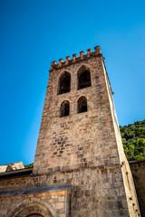 Le clocher de l'église Saint-Jacques de Villefranche de Conflent