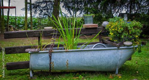 Rustikale gartengestaltung stockfotos und lizenzfreie for Gartengestaltung rustikal