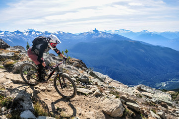 Mountain biking in Whistler, British Columbia Canada - Top of the world trail in the Whistler mountain bike park - September 2017 Fototapete