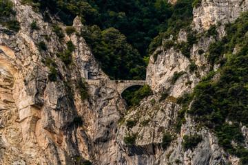 Berge, Brücke, Reisen