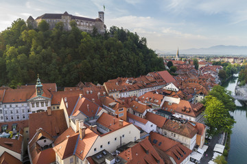 Elevated view of Ljubljiana old town, with the Franciscan Annunciation church and the Castle. Ljubljiana, Osrednjeslovenska, Slovenia.