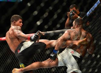 MMA: UFC Fight Night-Prazeres vs Burns