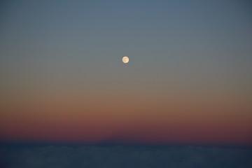 富士山からの満月
