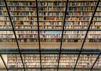 Papiers peints Bibliotheque books in the latvian national library interior