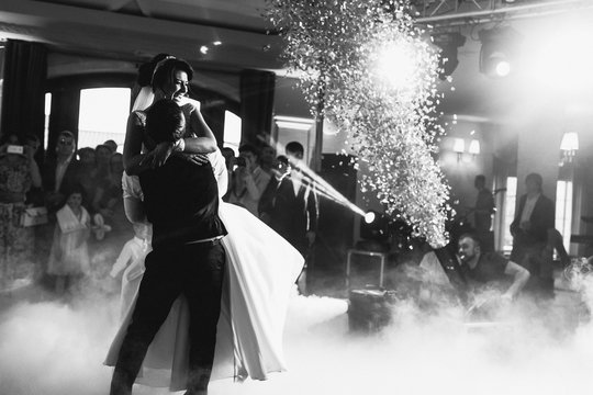 Bengal fires blow up while wedding couple dances