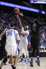 NCAA Womens Basketball: NCAA Tournament-Lexington Regional-Kentucky vs Washington