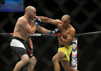 MMA: UFC Fight Night-Carneiro vs Robertson