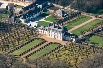 Vue aérienne du château de Villebéton en Eure-et-Loir - France
