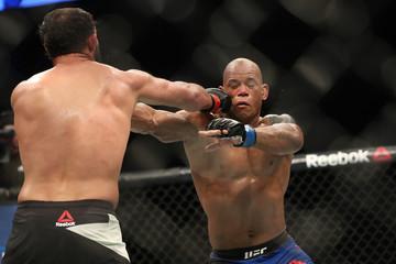 MMA: UFC Fight Night-Hendricks vs Lombard