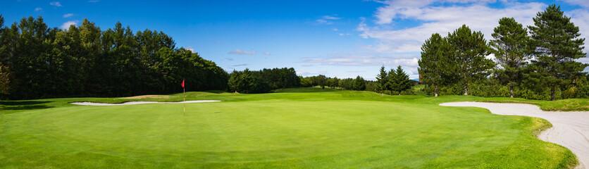 ゴルフコース パッティンググリーン
