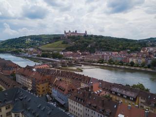 Blick über den Main zur Festung Marienberg