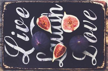 Ripe purple fig slices