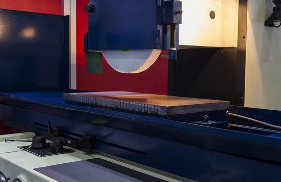 high precision horizontal grinding CNC machine