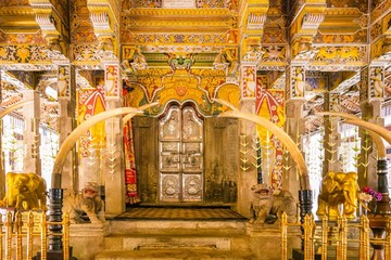 Interiori of the temple of the Tooth in Kandy, Sri Lanka