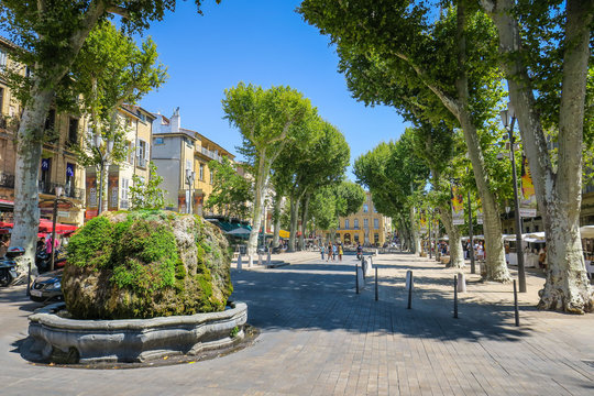 Visiting Aix-en-Provence in France