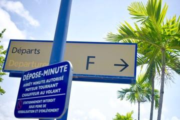 Départ d'aéroport en Martinique