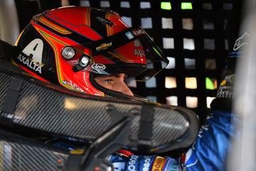NASCAR: Quicken Loans Race For Heroes 500-Practice