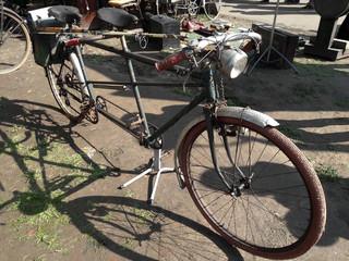 vélo, tandem, moteur, thermique, moto, ancien, ancêtre, motocyclette, solex, tendance, rétro, oldschool,