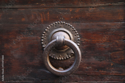 Poignee De Porte Ancienne Stock Photo And Royalty Free Images On