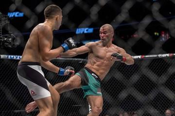 MMA: UFC 202-Lobov vs Avila