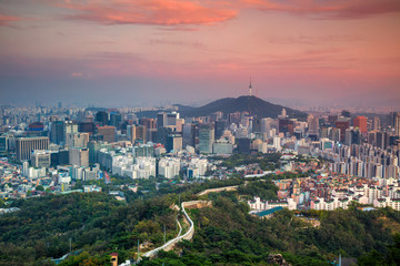 Fototapete - Seoul. Cityscape image of Seoul downtown during summer sunset.