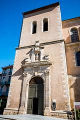 L'église Saint-Benoit de Castres