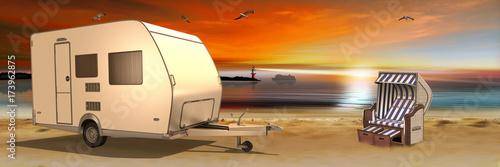 Strandkorb sonnenuntergang  Wohnmobil, Camper und Strandkorb beim Sonnenuntergang am See