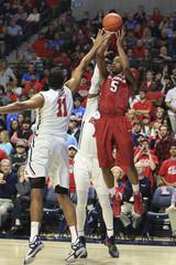 NCAA Basketball: Arkansas at Mississippi