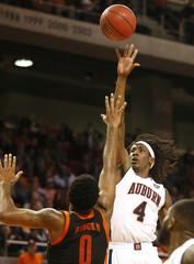 NCAA Basketball: Mercer at Auburn